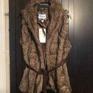 Jackets & Blazers - Faux fur belted vest new